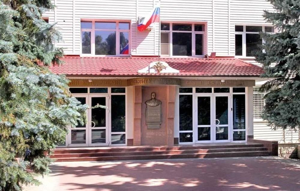 В ГИБДД Морозовска сообщили о прямом наборе кандидатов на обучение в ВУЗ МВД