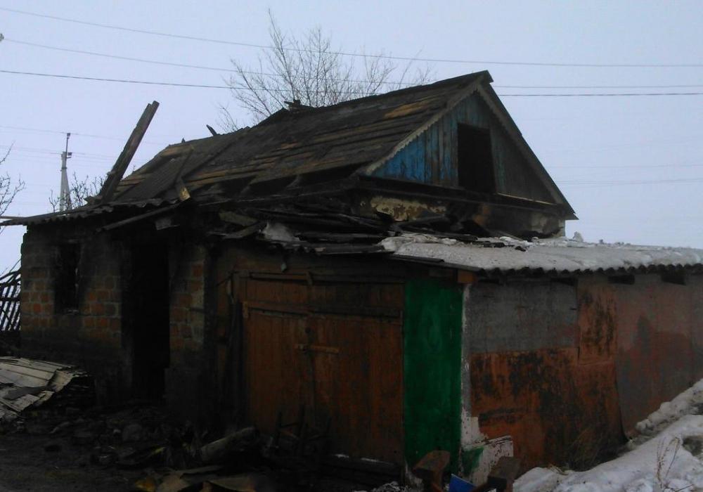 Летняя кухня сгорела в хуторе Веселовка Морозовского района