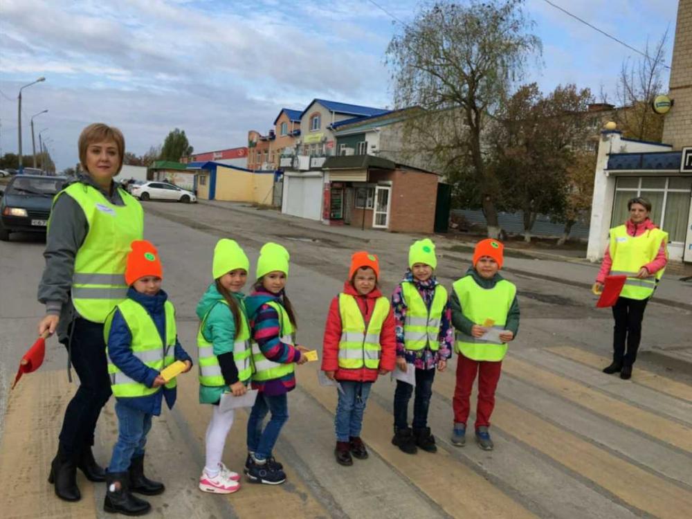 Самое большое влияние на поведение ребенка на улице имеет поведение взрослых, - методист детсада в Морозовске