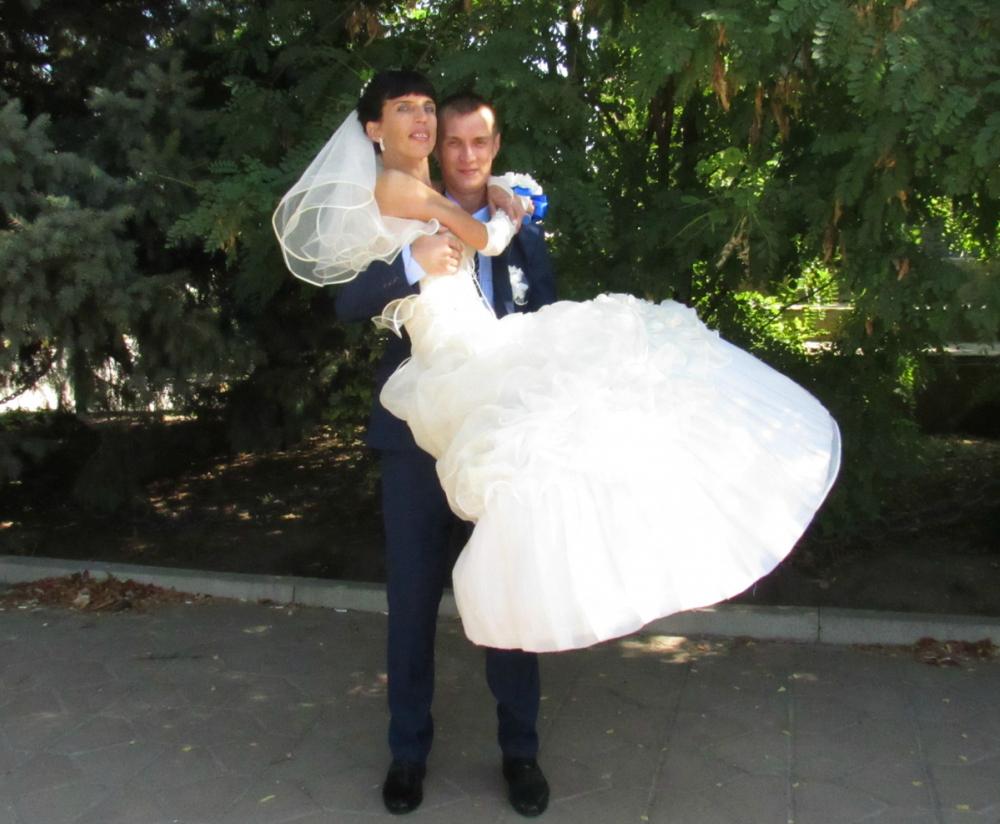 Поздравляем Ирину и Дениса Фаткулиных с Днем рождения семьи!