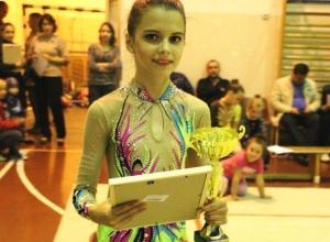 Двести юных спортсменок выступили на областном турнире по гимнастике в Морозовске