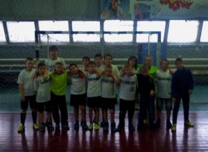 «КАМЕНКА» заняла в Морозовске первое место по мини-футболу среди детей 2004 года рождения