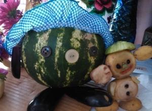 Колобок из арбуза и Чебурашка из картошки - осенняя выставка прошла в Грузиновской школе