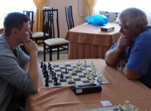 Четверо шахматистов из Морозовска стали призерами третьего этапа областного гран-при