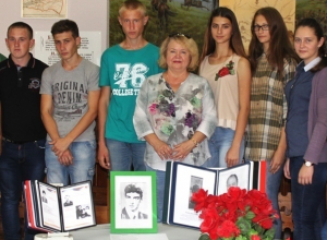 Студенты в музее Морозовска узнали о погибших в Чеченской республике земляках-героях