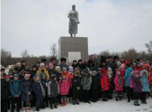 Митинг в память о жертвах грузиновской трагедии прошел в Морозовском районе