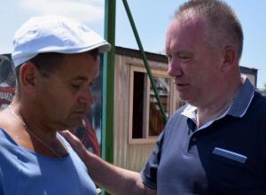 ФК «Каменка» из Морозовска поздравил заместителя министра спорта с Днем рождения