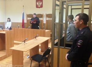 Жестоко избившего продавщицу в Морозовске военнослужащего осудили на 9 лет колонии
