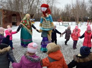 «Объедуху», «Сахарные уста», «Веселую касаточку» отметили в казачьем детском саду Морозовска