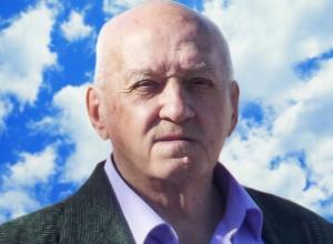 80-летнего Николая Каменева Морозовск проводил в последний путь
