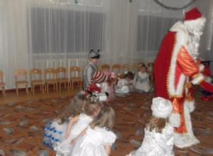 Новогодний утренник под названиям «Волшебный фонарь» провели в детском саду № 37 Морозовска
