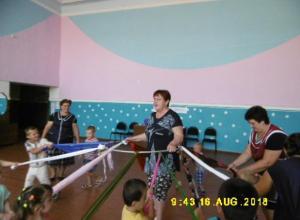 Игру – викторину «Всем по нраву забавы» подготовили для ребят в Вольно-Донском СДК