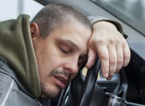 Пьяных водителей из-за руля вытащили на улице Руднева, Тюленина и Ворошилова в Морозовске