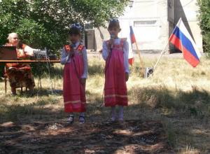 День России отпраздновали в Старопетровском сельском клубе