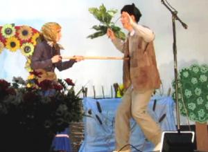 «Бабий бунт» стал самым популярным сюжетом районного фестиваля в Морозовске