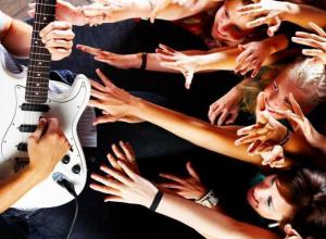 Музыкант Анатолий Тарасенко поделился историей рок-н-ролла в Морозовске