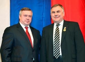 32 миллиона дотаций попросил Петр Тришечкин у губернатора для Морозовского района
