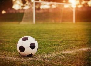 Вопрос-ответ: Почему футболисты из Морозовска играют за клубы других городов?