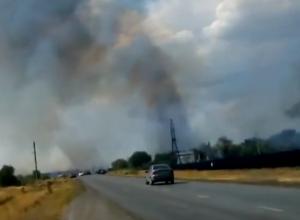 Тренер «Каменки» снял пожар у Морозовска на видео со стороны трассы