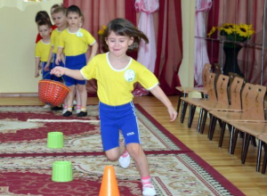 Спортивными соревнованиями и веселыми играми отметили День здоровья в детском саду «Солнышко»