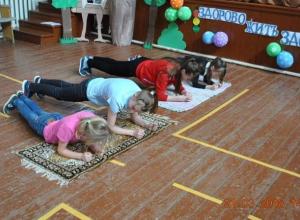 Спортивно-игровую программу «Жить здорово – здорово!» провели для детей в хуторе Вишневка
