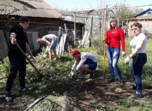 Студенты Морозовского агропромышленного техникума приняли участие в акции милосердия «Помоги Ветерану»