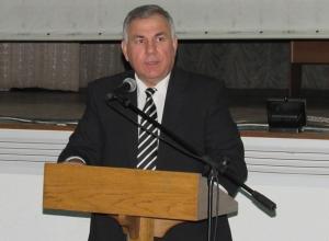 Петр Тришечкин распорядился к новогодним праздникам усилить антитеррористический контроль в Морозовске