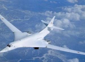 Новый самолет-ракетоносец Ту-160 получил имя знаменитого морозовчанина Петра Дейнекина