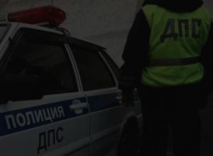 Инспекторы ДПС Морозовска ночью привезли бензин и помогли завести заглохший автомобиль водителю из Волгограда