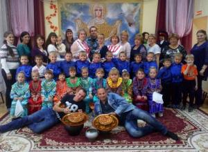 Самые юные казачата выступили на празднике Покрова в своем детском саду