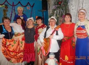 Гвоздем рождественской программы в хуторе Парамонов стал выход цыганского табора