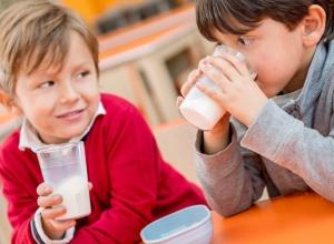 Вопрос-ответ: Почему в школе №6 Морозовска не выдают молоко?