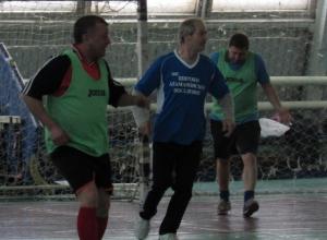 Ветераны показали на выходных в Морозовске мощный и зрелищный футбол