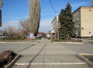 Блеск и нищета Морозовска: Улица Подтелкова протянулась от переезда до длиннейшего маршрута в Европе