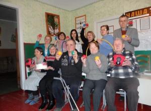 Весело и азартно прошел культурно-спортивный праздник для маломобильный группы населения Морозовского района