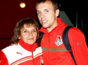 Маму Дениса Глушакова пригласили на новый турнир по мини-футболу в Морозовске