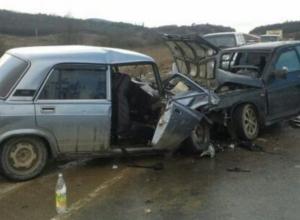 Оба водителя столкнувшихся в Морозовском районе автомобилей погибли