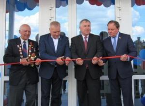Календарь Морозовска: 20 мая был открыт спорткомплекс с бассейном