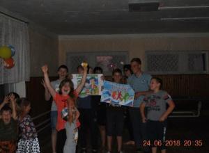Увлекательными конкурсами и дискотекой отпраздновали День молодежи в хуторе Вишневка