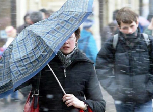 Грозовые дожди и сильный ветер спрогнозировали для Морозовска в Ростовском гидрометцентре