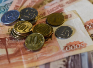 Размер зарплат и должностных окладов работников администрации Морозовска в 2018 году вырастет в 1,04 раз