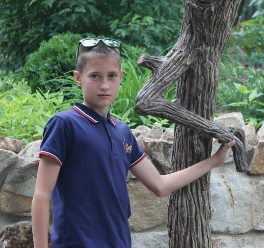 Родители поздравили Дмитрия Акулиничева с 12-летием