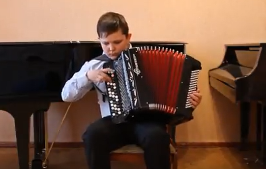 Начинающий музыкант из Морозовска стал лауреатом всероссийского дистанционного конкурса