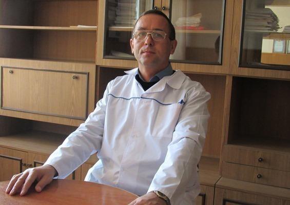 Молодых врачей нужно стимулировать материально, - новый заведующий поликлиникой в Морозовске