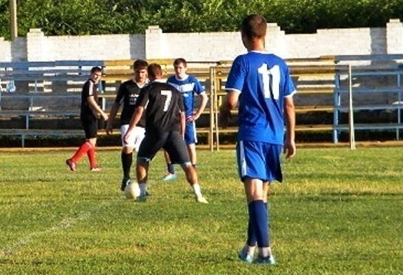 Сборная Морозовска по футболу разгромила соперника