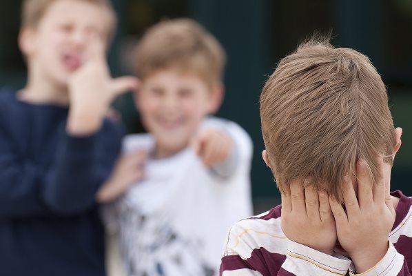 Письмо в редакцию: Не дайте каким-то отморозкам испортить жизнь вашему ребёнку!