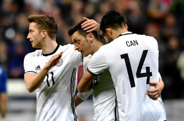 Угадавшая победу Уэльса симпатичная болельщица из Морозовска предположила победителя матча Германия-Италия