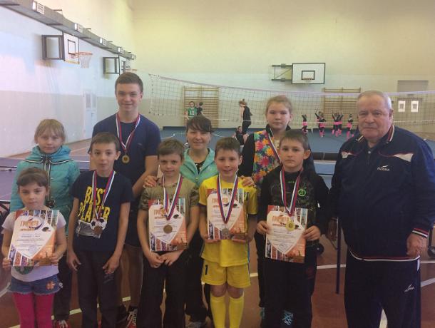 Более 30 юных теннисистов боролись за первенство в областном турнире по теннису в Морозовске