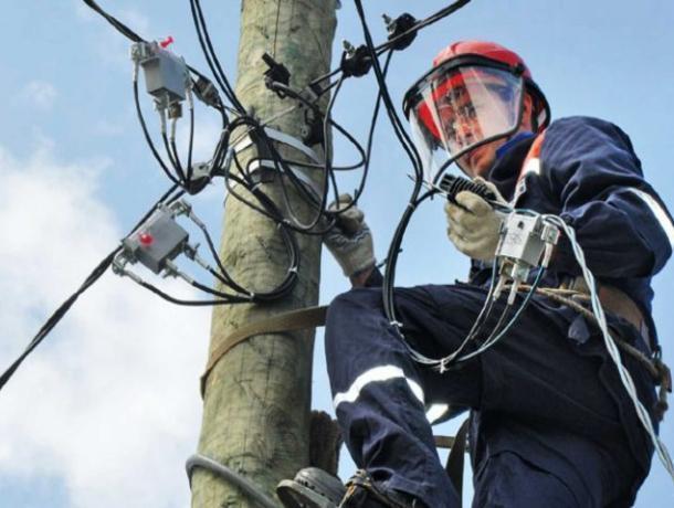 Жители трех улиц Морозовска на два часа останутся без света