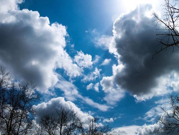 Небольшой дождь и переменная облачность будут сопутствовать морозовчанам весь воскресный день